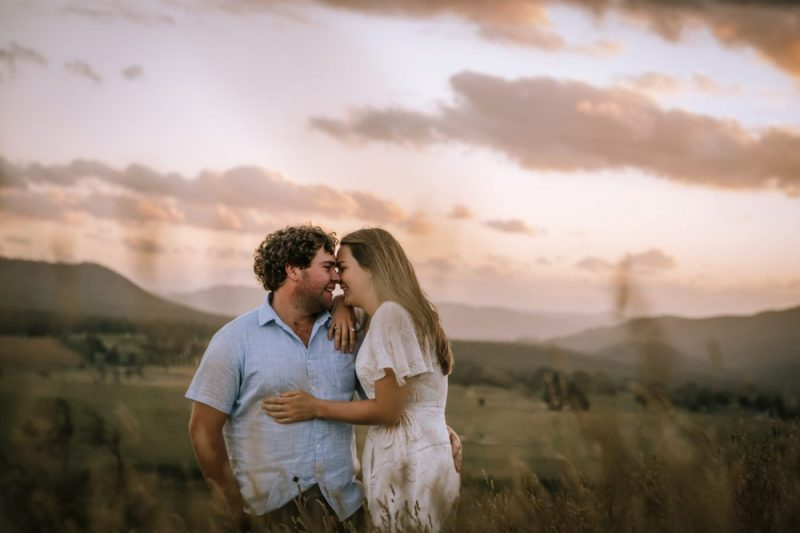 Couple's session in Meadow Flats, NSW