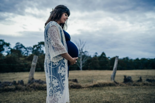 Maternity shoot in Galston, NSW, Australia